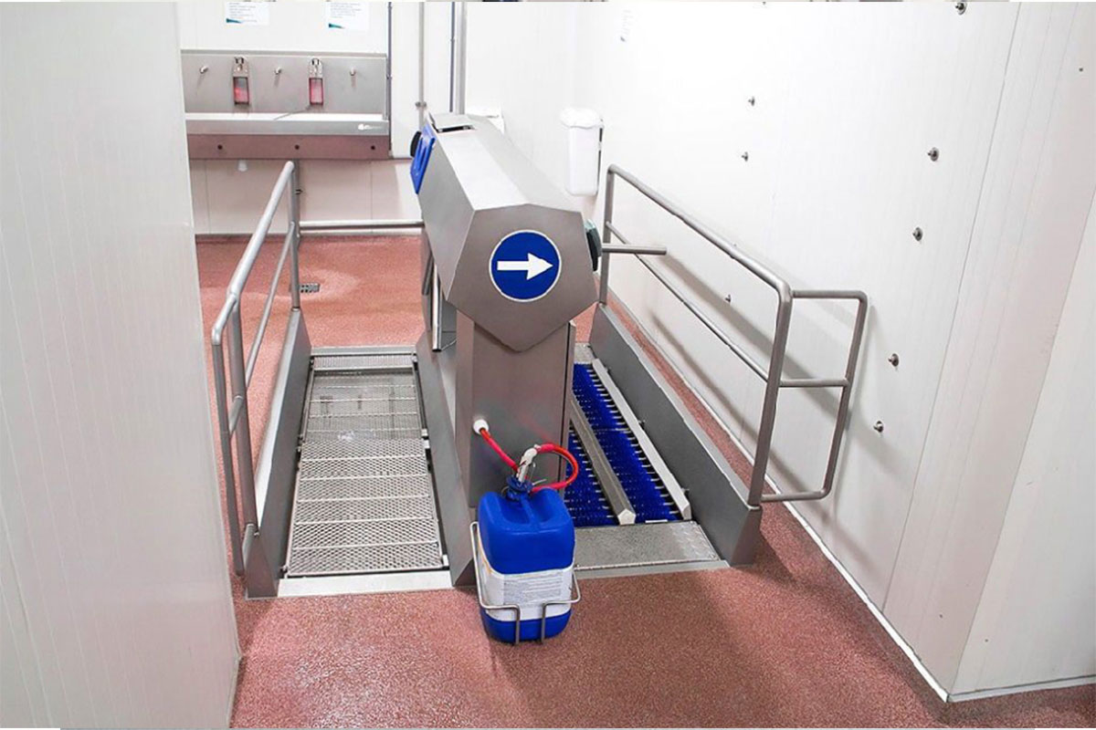 Combi Double (Sole Cleaning &Amp; Disinfection) 2