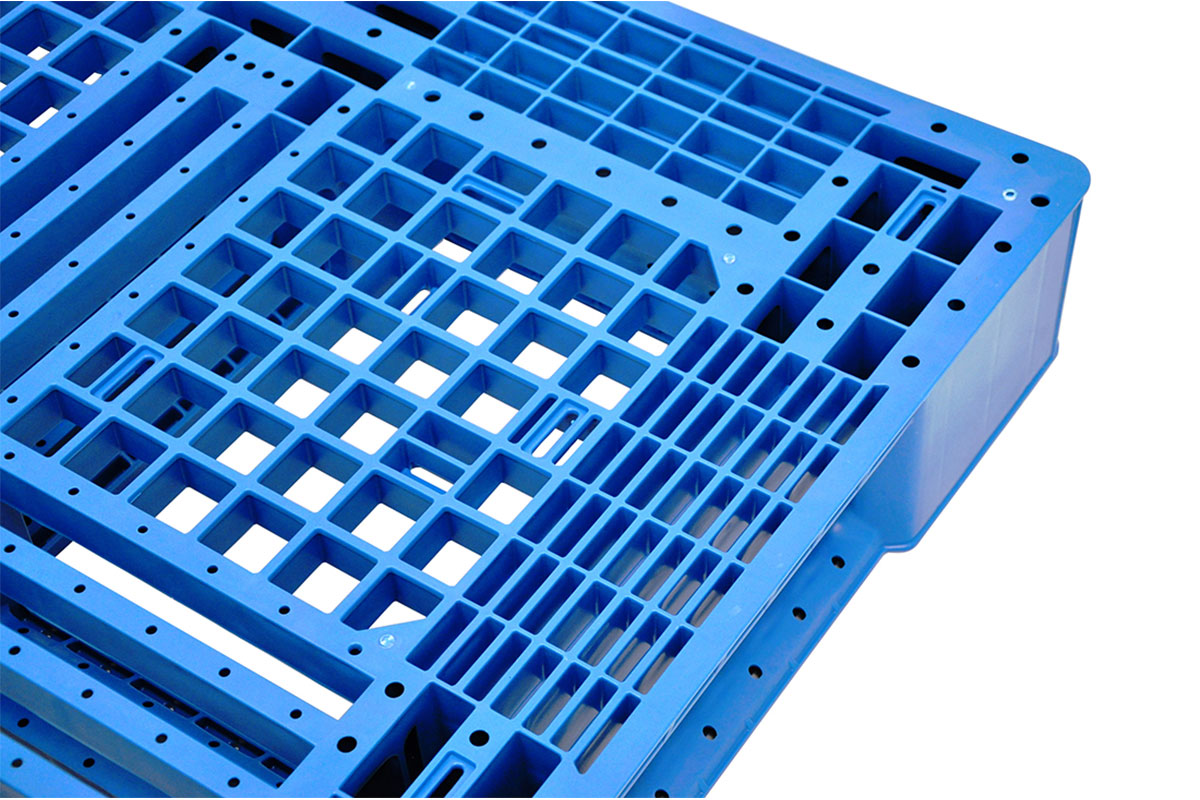 RCK 151 PLASTIC PALLET 6